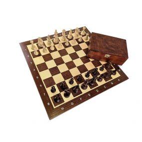 """Zestaw: Figury drewniane """"Staunton nr 5""""  w kasetce drewnianej + deska drewniana (Z-3)"""