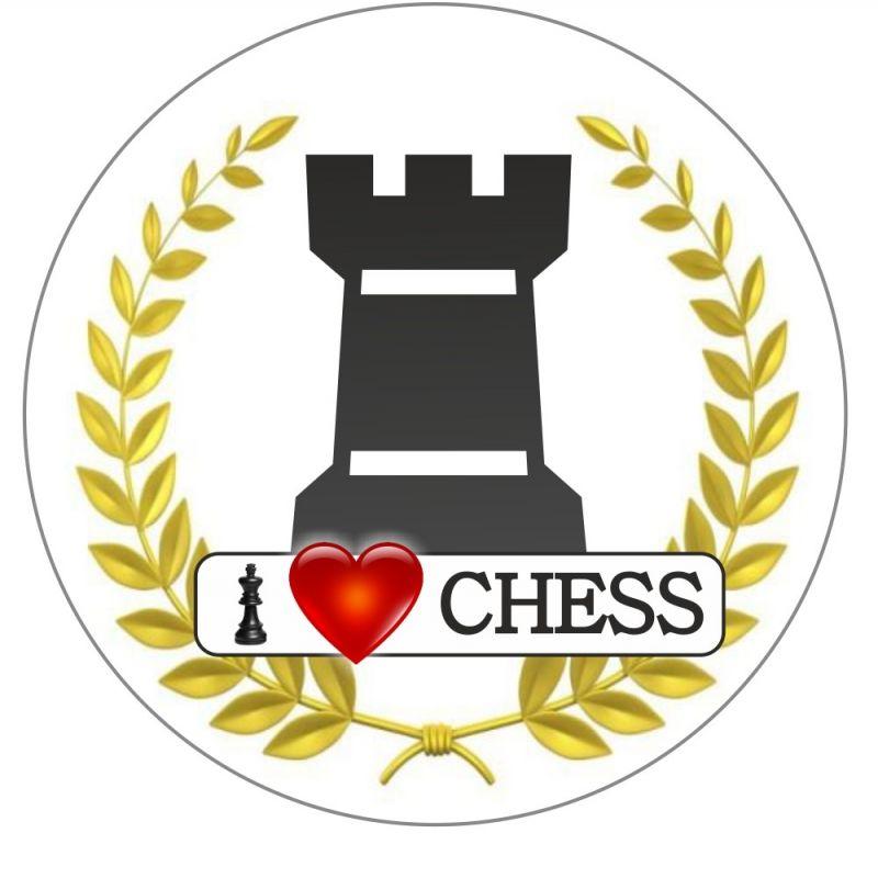 """Przypinka """"I LOVE CHESS"""" - Figury (A-85)"""